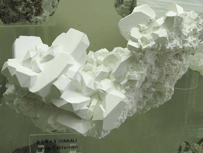 borax-crystal