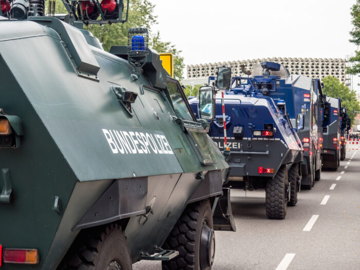 German Police Fire Water Cannon at Lockdown Protesters and Arrest Hundreds