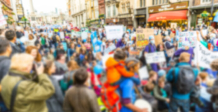 Hundreds of Thousands March in London Protesting Pandemic Restrictions, Vaccine Passports