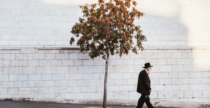 Highly Vaccinated Israel Has a Nagging Coronavirus Problem